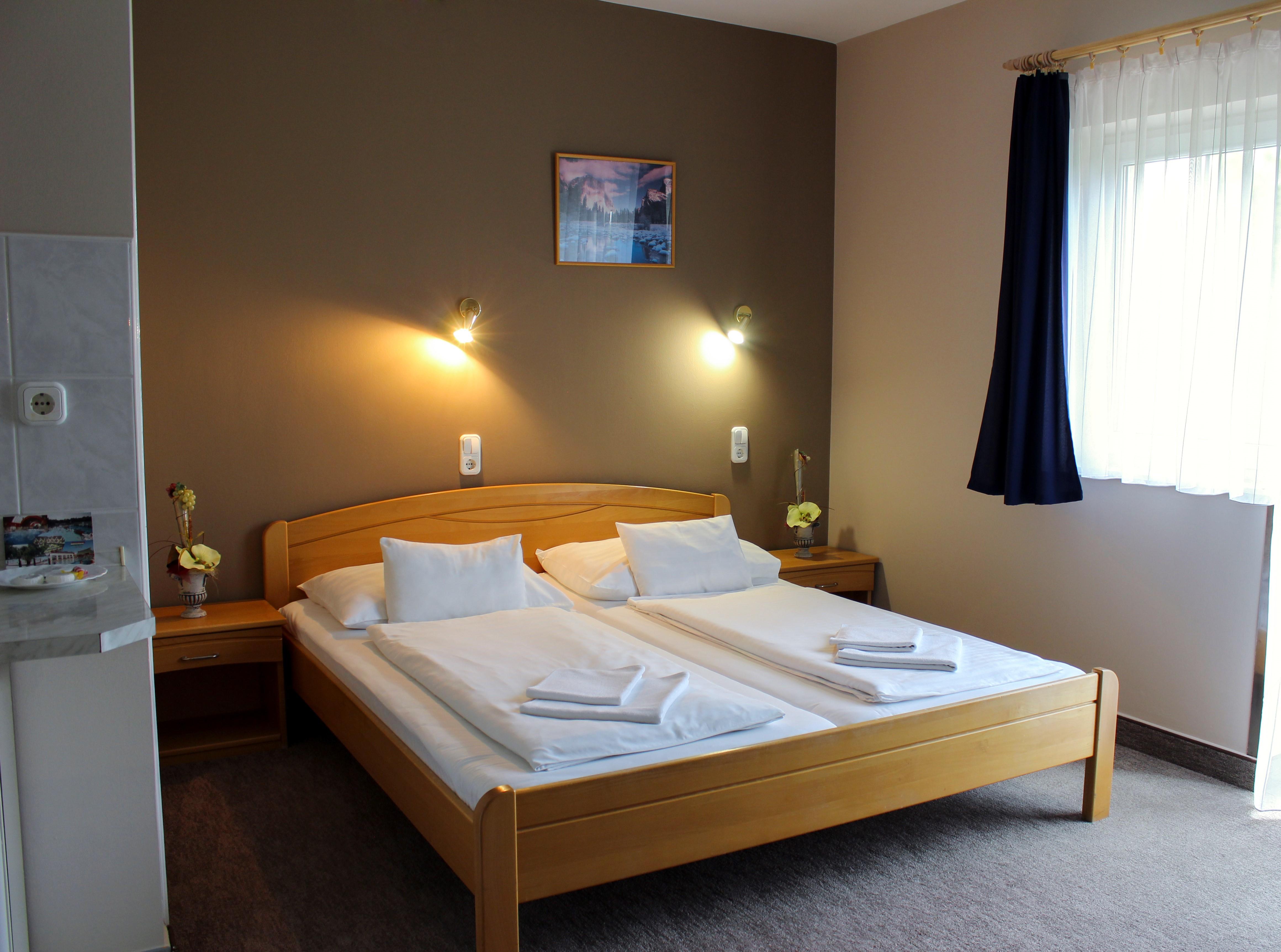 LÍDIA HOTEL*** WELLNESS ÉS ÉTTEREM - Hotel és szobák